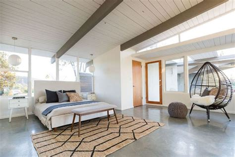 25 Modern Master Bedroom Ideas, Tips And Photos