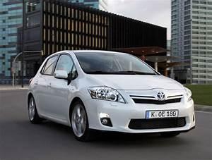 Avis Toyota Auris Hybride : toyota auris hybrid 2010 das auto magazin ~ Gottalentnigeria.com Avis de Voitures