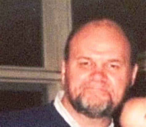 Tom/Thomas Markle Age, Wife, Family, Biography & More ...