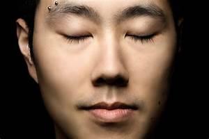 double horizontal eyebrow piercing - styloss.com