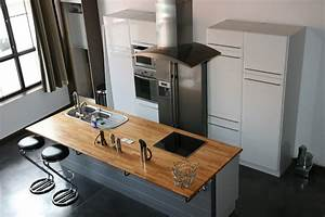 Ilot Central Petite Cuisine : construire ilot central cuisine cuisine en image ~ Teatrodelosmanantiales.com Idées de Décoration