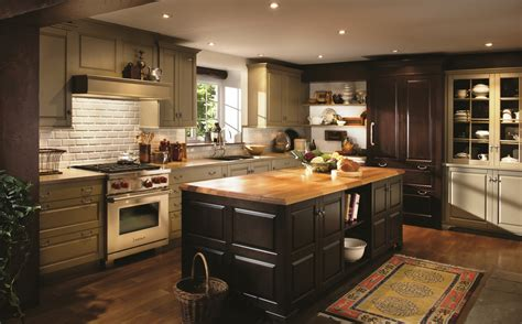 Area Woodmode Design Showrooms Announce Special Event