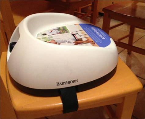 rehausseur de chaise pour bebe le r 233 hausseur des petits grands par babybjorn lucky