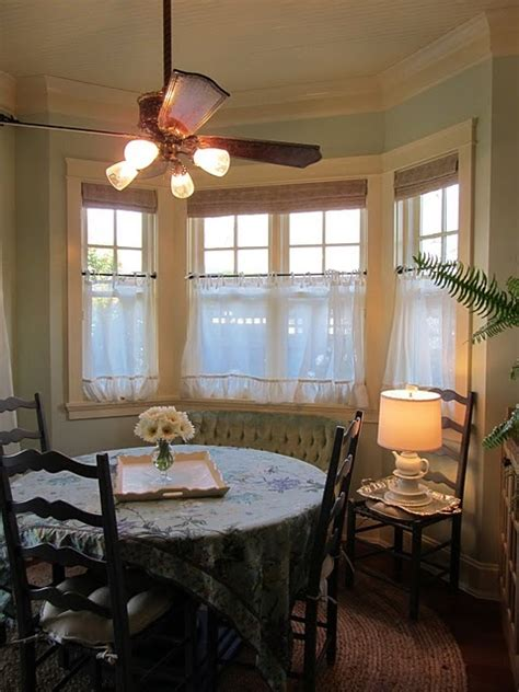 24 best images about breakfast nook on