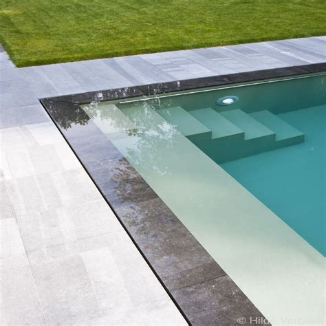 Sleek Contemporary Pool, Combined Underflow And Overflow