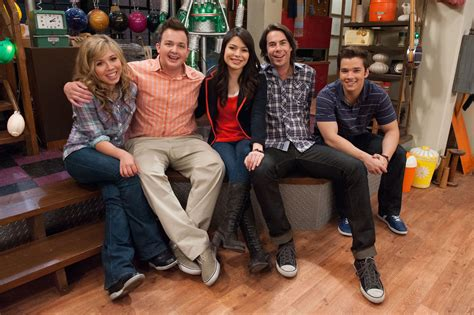 Why Did Icarly End J 14