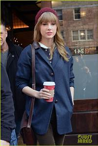 Taylor Swift: Leaving Hotel with Harry Styles! | Photo ...