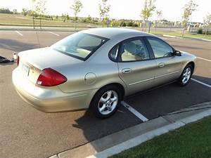 2000 Ford Taurus - Overview