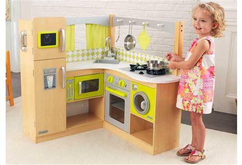 cuisine pour enfants en bois cuisine en bois pour enfants atlub com
