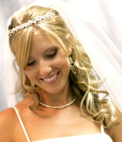 Half Up Wedding Hairstyles With Tiara by Wedding Hairstyles Half Up With Tiaracherry Cherry