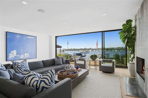 shark tank star robert herjavec picks  waterfront home
