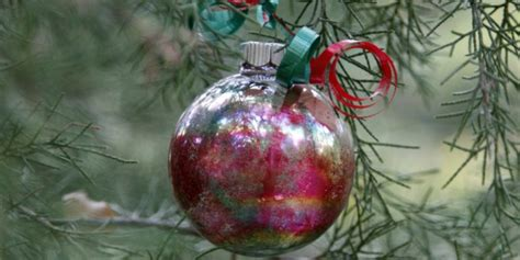 Homemade Christmas Ornaments For Kids Toddler Christmas Crafts To Make Easy Craft Ideas For Kids Preschoolers Centerpieces Materials Adults