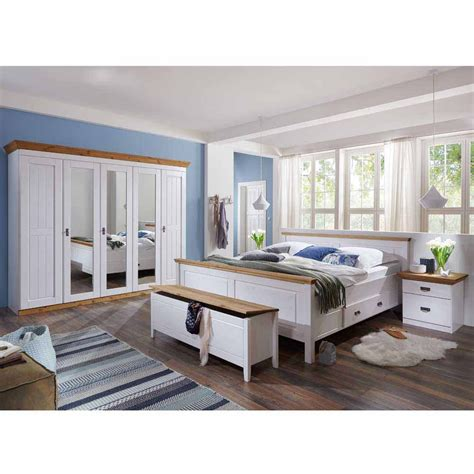 schlafzimmer komplett weiß landhaus landhaus schlafzimmer sanctos in wei 223 kiefer pharao24 de