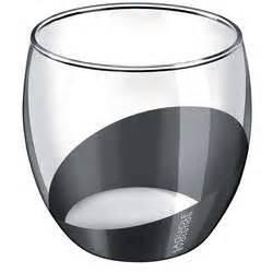 Verre A Vin Noir : exemple verre a vin noir conforama vaisselle maison ~ Teatrodelosmanantiales.com Idées de Décoration