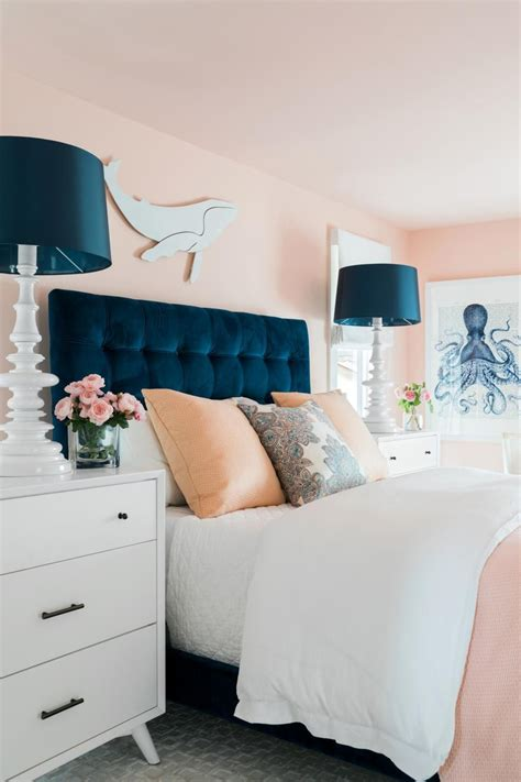 Navy And Pink Bedroom by Pops Of Navy Give This Millennial Pink Bedroom A
