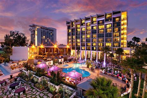 newport beach marriott hotel  spa venue newport