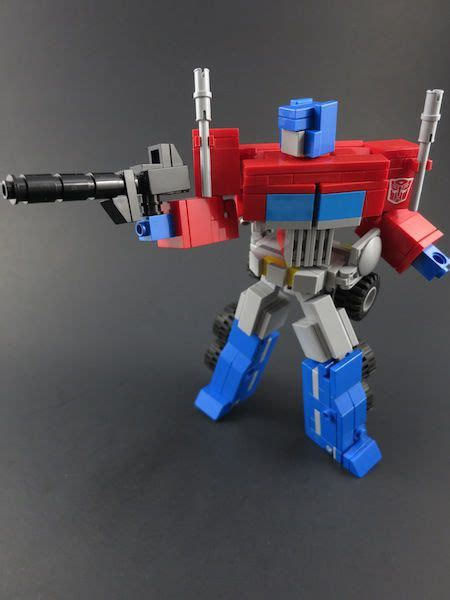 heavy scratch lego g1 optimus prime tfw2005 the 2005 boards