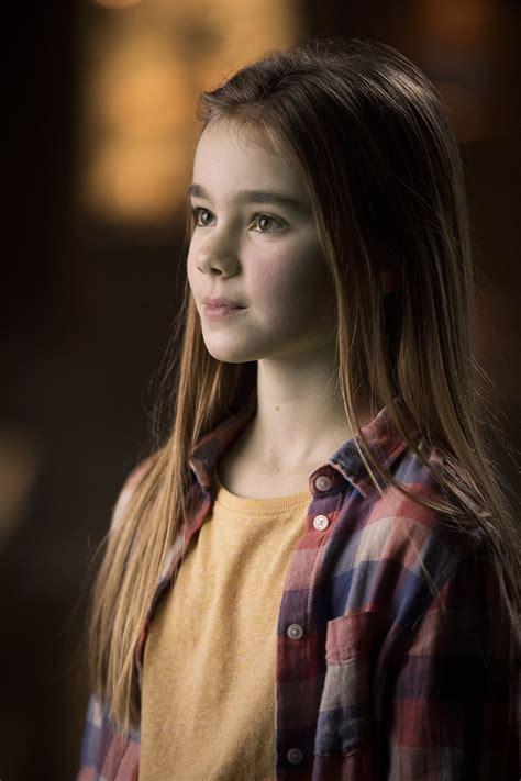 jurassic world actress hot videos jurassic world fallen kingdom movie trailer cast