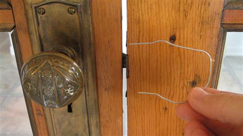 How Do You Pick A Bedroom Door Lock. How To Pick Simple