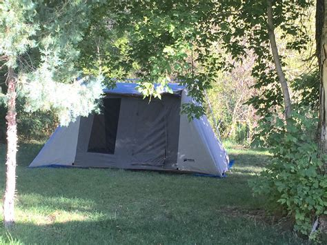 Kodiak Canvas Tent 6044 10x14 ft. 8 Person   Discounted