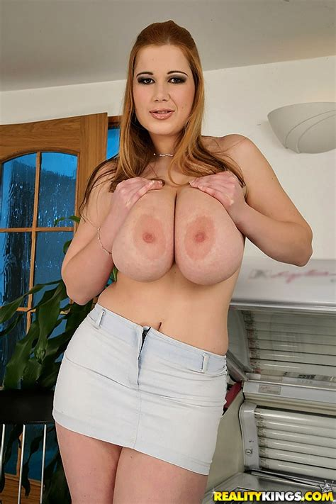 Heavy Knockers The Official Free Porn Video And Pictures