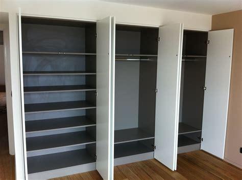 placard ikea chambre portes placard ikea chambre turquoise et taupe portes de