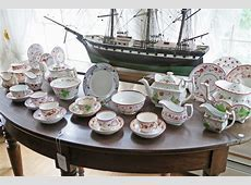 Collection of Soft Paste Strawberry Pattern China