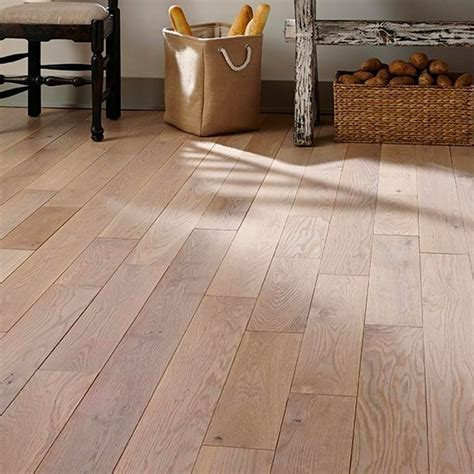 Laminate & Vinyl   Floor & Decor