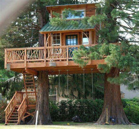 tiny cabin treehouse tiny house pins