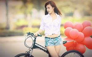 Cute asian girl doubleteamed