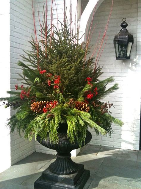 christmas urns ideas  pinterest christmas