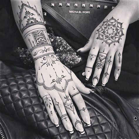 long henna glove mandala veronicalilu henna tattoos