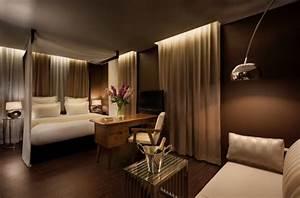 Welche Wandfarbe Schlafzimmer : moderne schlafzimmer farben braun vermittelt luxus ~ Markanthonyermac.com Haus und Dekorationen