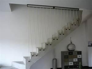 Forum Deco Moderne : garde corps en acier s curisation d un escalier en b ton ~ Zukunftsfamilie.com Idées de Décoration