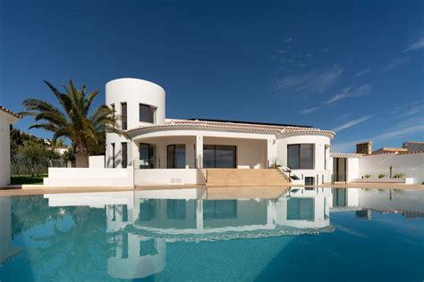 SPLENDID VILLA FACING THE BEACH | Spain Luxury Homes ...