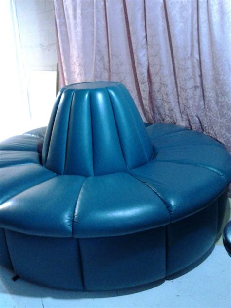 images  circular banquette sofas  pinterest