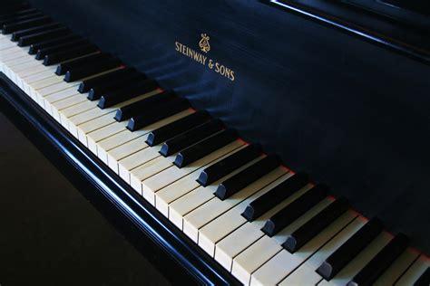 "Steinway Model O 5' 10 3/4"" Grand Piano in Satin Ebony ..."