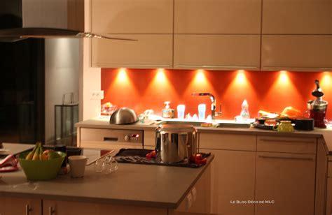 cuisine et beige cuisine meubles beige sur fond cuisine couleur