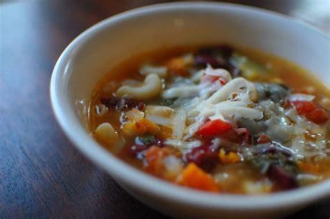 olive garden minestrone soup copycat olive garden minestrone soup recipe food
