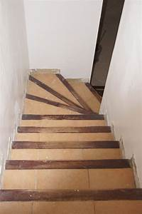 renovation escalier carrele With superb peindre un escalier bois 5 recouvrir un escalier en carrelage