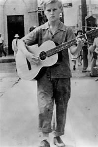 George Jones, legendary country singer, dies at 81 - TODAY.com