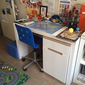 Bureau Garcon Ikea : sa chambre de gar on de 8 ans et demi e zabel blog maman paris e zabel blog maman paris ~ Teatrodelosmanantiales.com Idées de Décoration