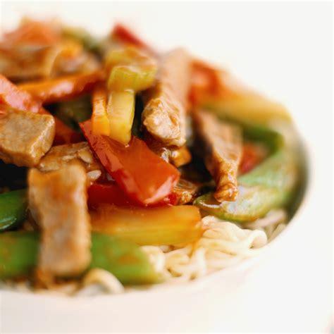 d oration de plats cuisin 5 astuces pour adoucir un plat trop pimenté cuisine