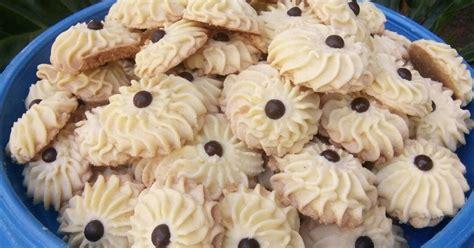 Ada banyak jenis kue kering sagu yag satu ini yang ada di tengah kita. 61 resep kue bangkit susu enak dan sederhana - Cookpad