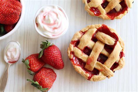 jeux de aux fraises cuisine mini pies aux fraises facile et pas cher recette sur