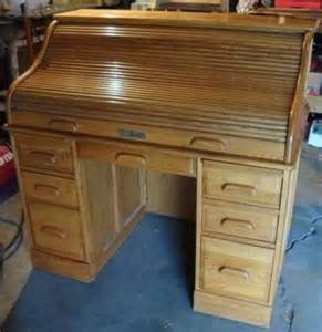 oak crest roll top desk 150 solid oak crest roll top locking furniture rolltop
