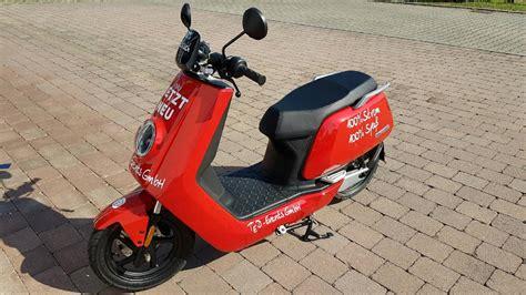 niu roller kaufen ihr partner f 252 r e mobility events und mehr segway niu roller jetflyer niu n1s