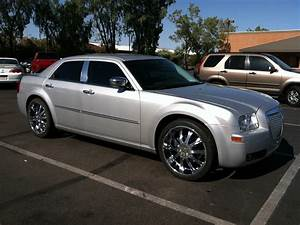 2010 Chrysler 300 - Pictures - CarGurus