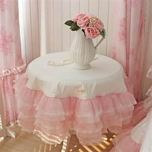 Nappe Rose Poudré : nappe de table de jardin frou frou pour une f te inoubliable ~ Teatrodelosmanantiales.com Idées de Décoration