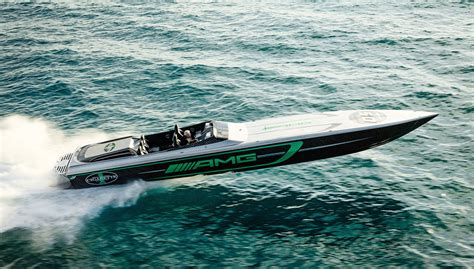 Cigarette Boat Magazine by Cigarette S New 50 Marauder Amg Unveiled In Miami Robb